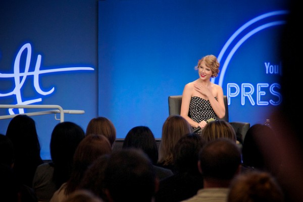 Value Your Fanbase: Marketing Lessons From Taylor Swift image 2014.11.10 Taylor Swift 600x400.jpg