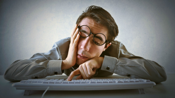 How to follow up on link requests man sleeping on computer