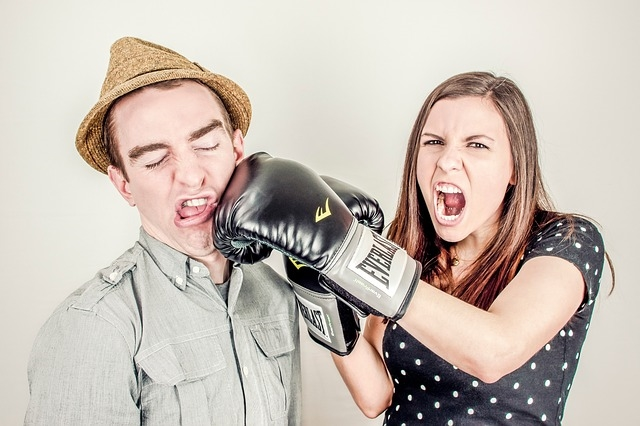 4 Ways to Ease the Pain of Interdepartmental Conflict