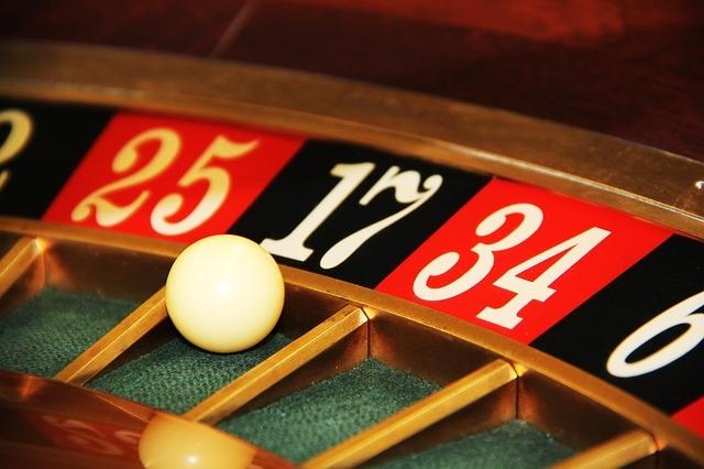Digital Marketing: Gambling on Over Segmentation?