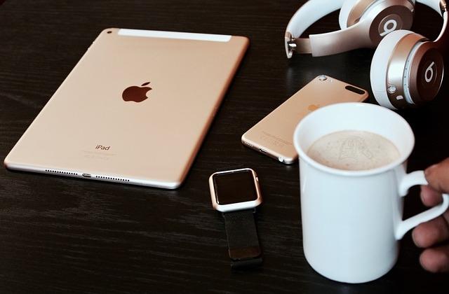 8 Life-Saving Tools for Busy, Overwhelmed Entrepreneurs