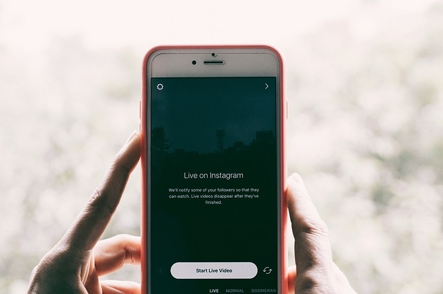 How to Manage Multiple Instagram Accounts as a Team