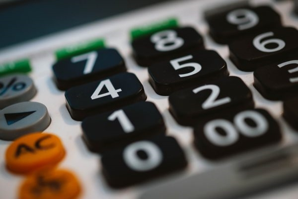 6 Tips for Sticking to Your Small Business Budget