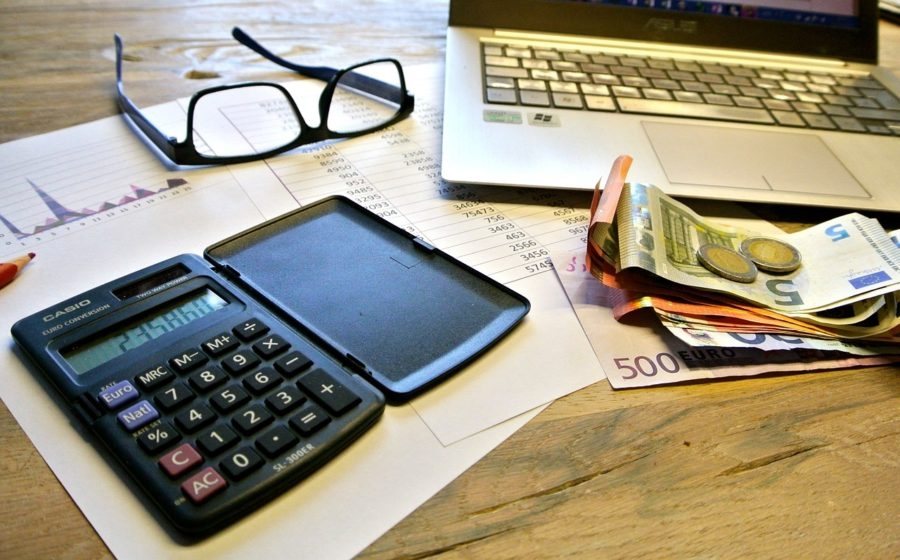 A Simple Strategy to Manage Small Business Invoices