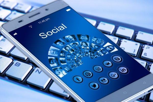 How Social Media Web Design Can Help Drive Revenue