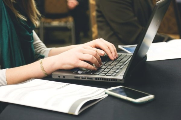 5 Ways to Improve Resume and Set Your Application Apart