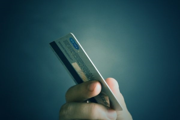 Is it a Good Idea to Finance a Business With a Credit Card?