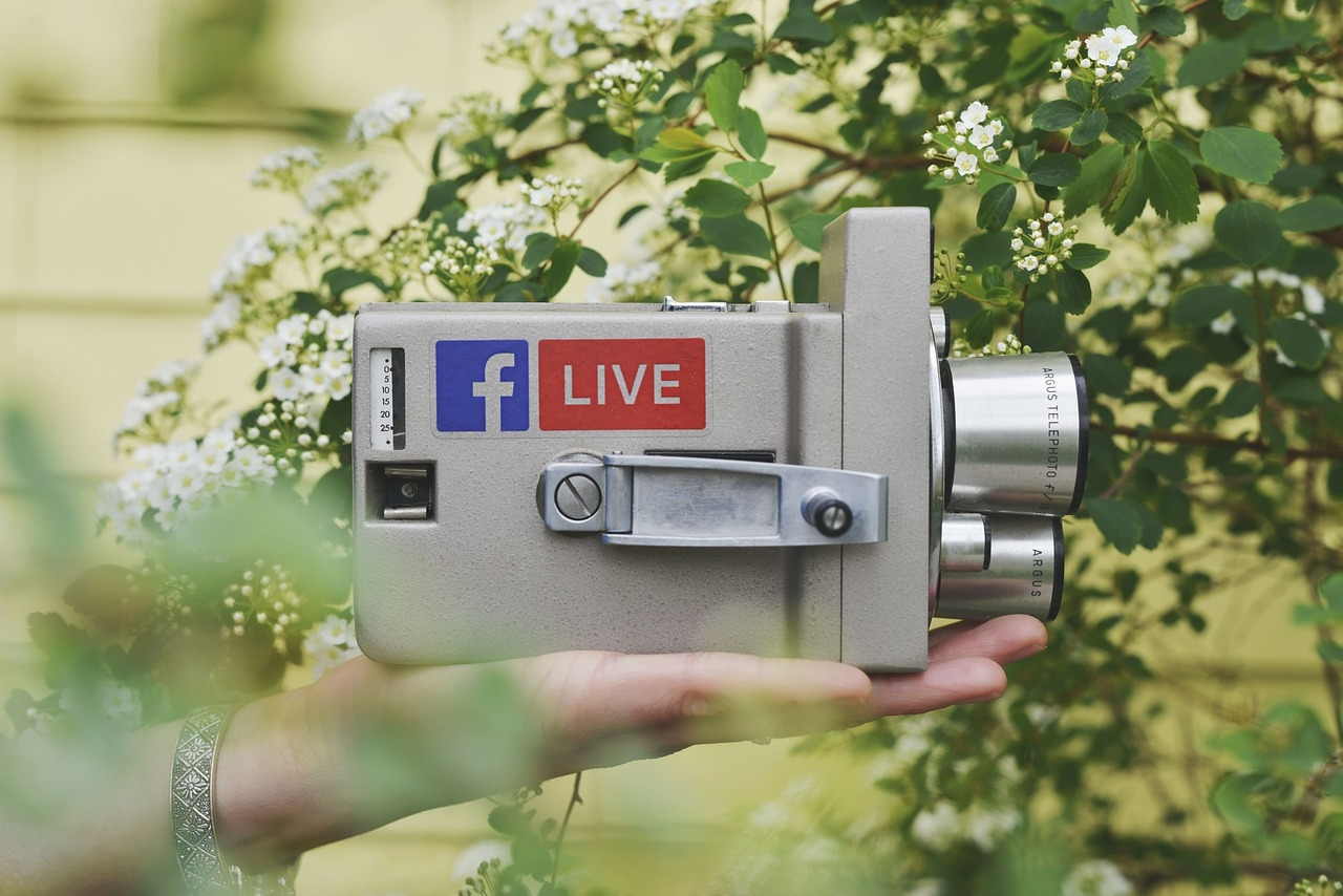 5 Types of Facebook Live Videos You Need to Be Using