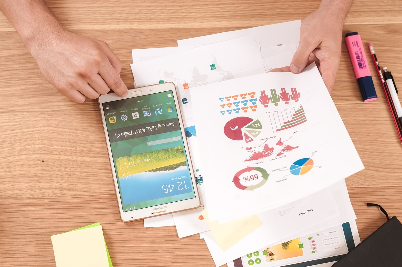 Draw Them a Picture: 4 Benefits of Infographics for Your Digital Marketing Strategy