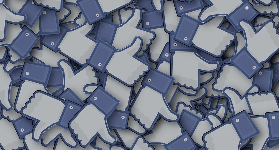 Could Social Media Be Detoxified By Removing the Like Button?