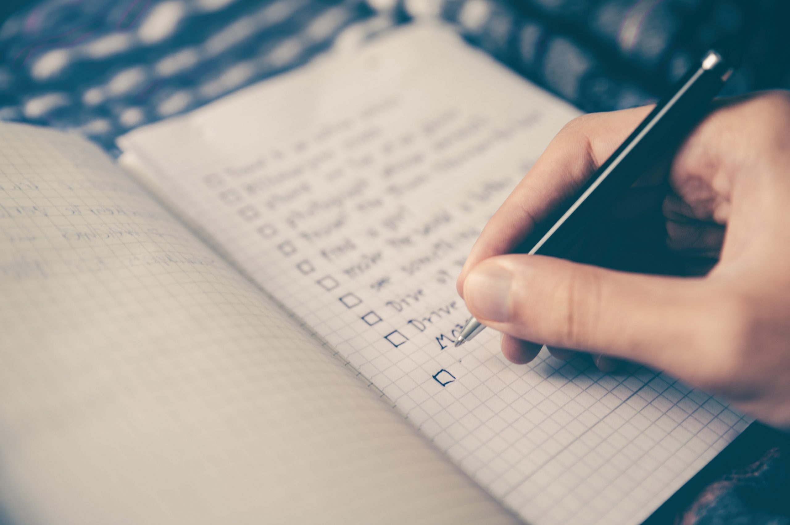 7 Ideas for Keeping in Touch with Your Lists