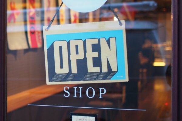 How Distributed Development Can Support Retail During COVID-19