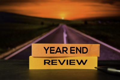 How to Navigate Year-End Reviews for Employees