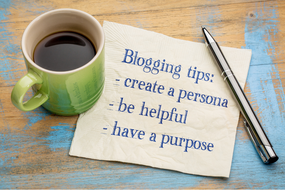 6 Easy Ways To Build Your Blog Traffic  and  Create Loyal Followers