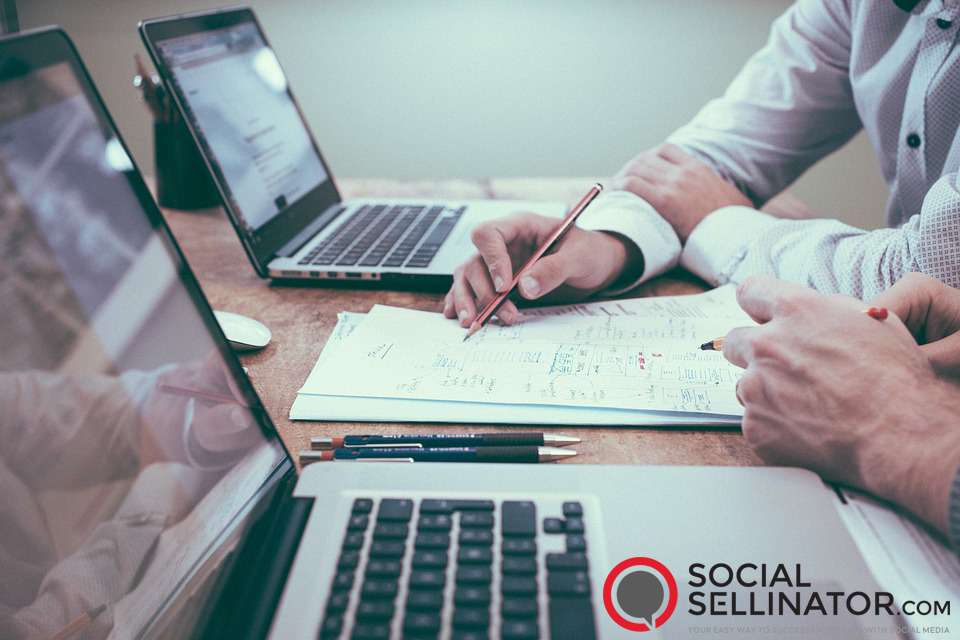 3 Traits to Look for in a Social Media Marketing Consultant