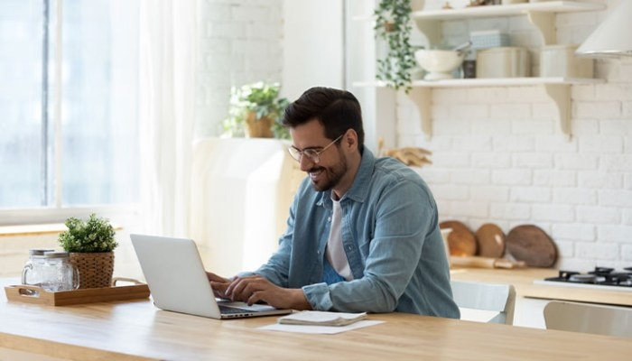 6 Online Business Endeavors You Can Realistically Start Today