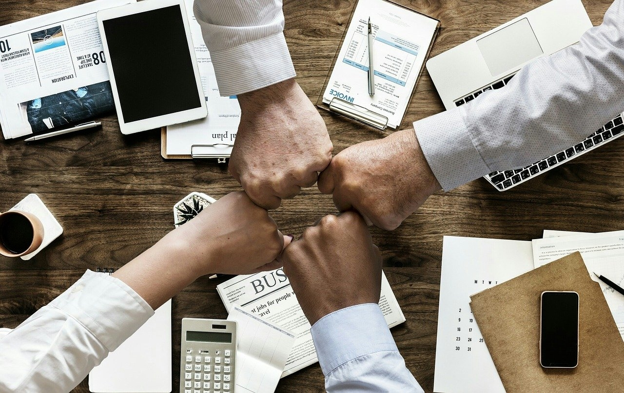 The 5 Experts You Must Have On Your Team